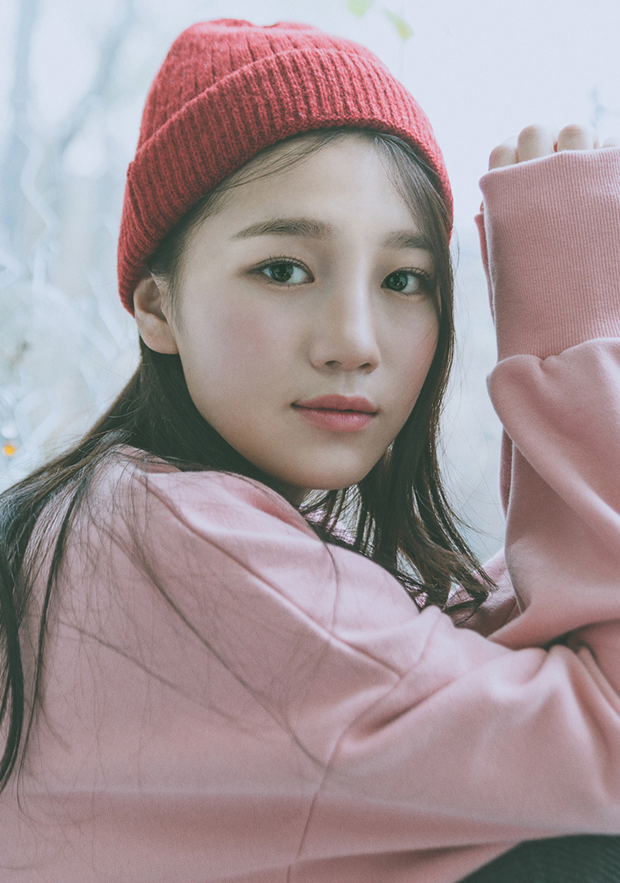 V V wool BEANIE (Red)